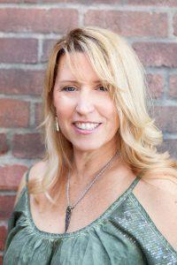 Elizabeth Nicole Salon Headshots-25